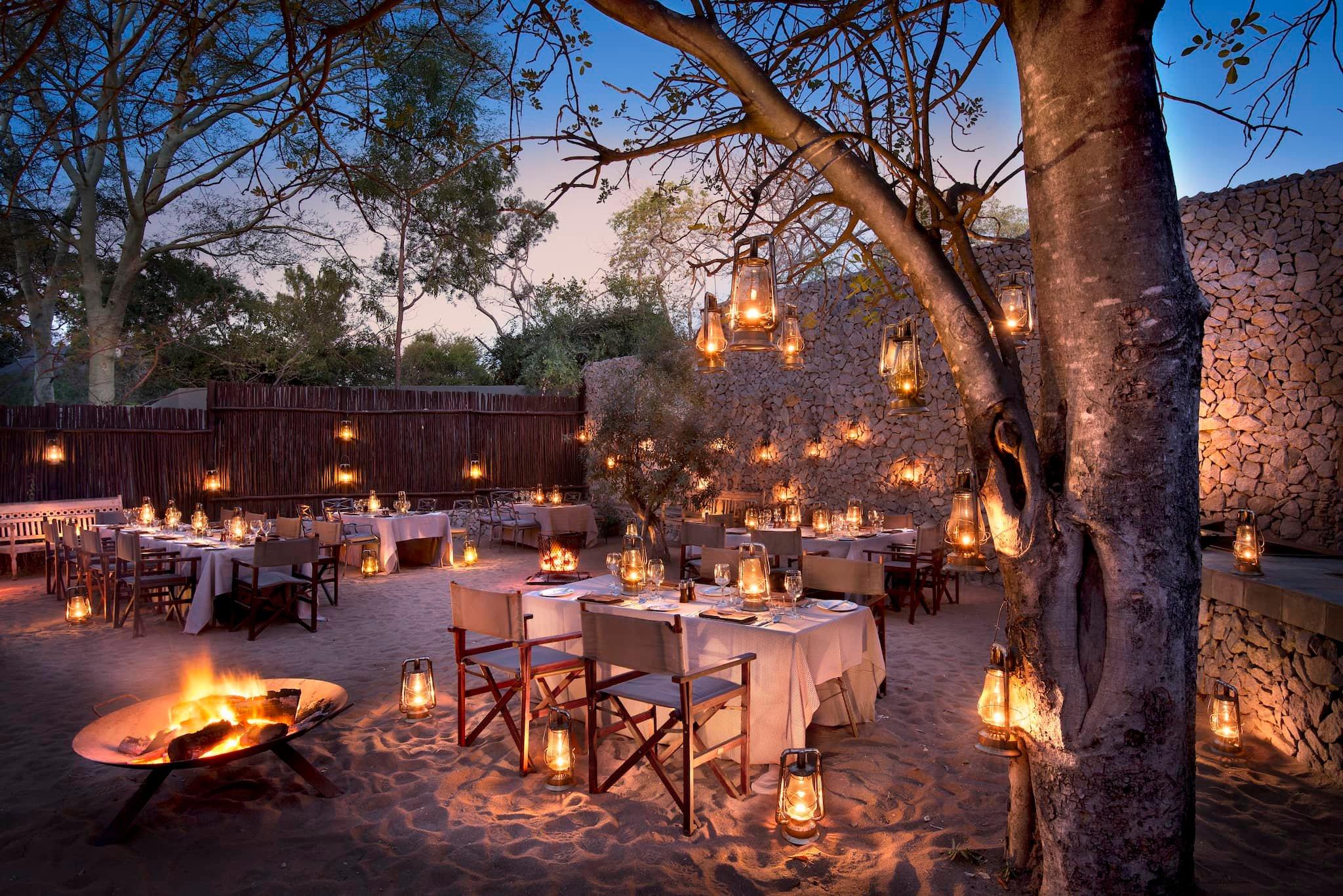 andBeyond-ngala-safari-lodge-exterior-boma-dining-01.jpeg
