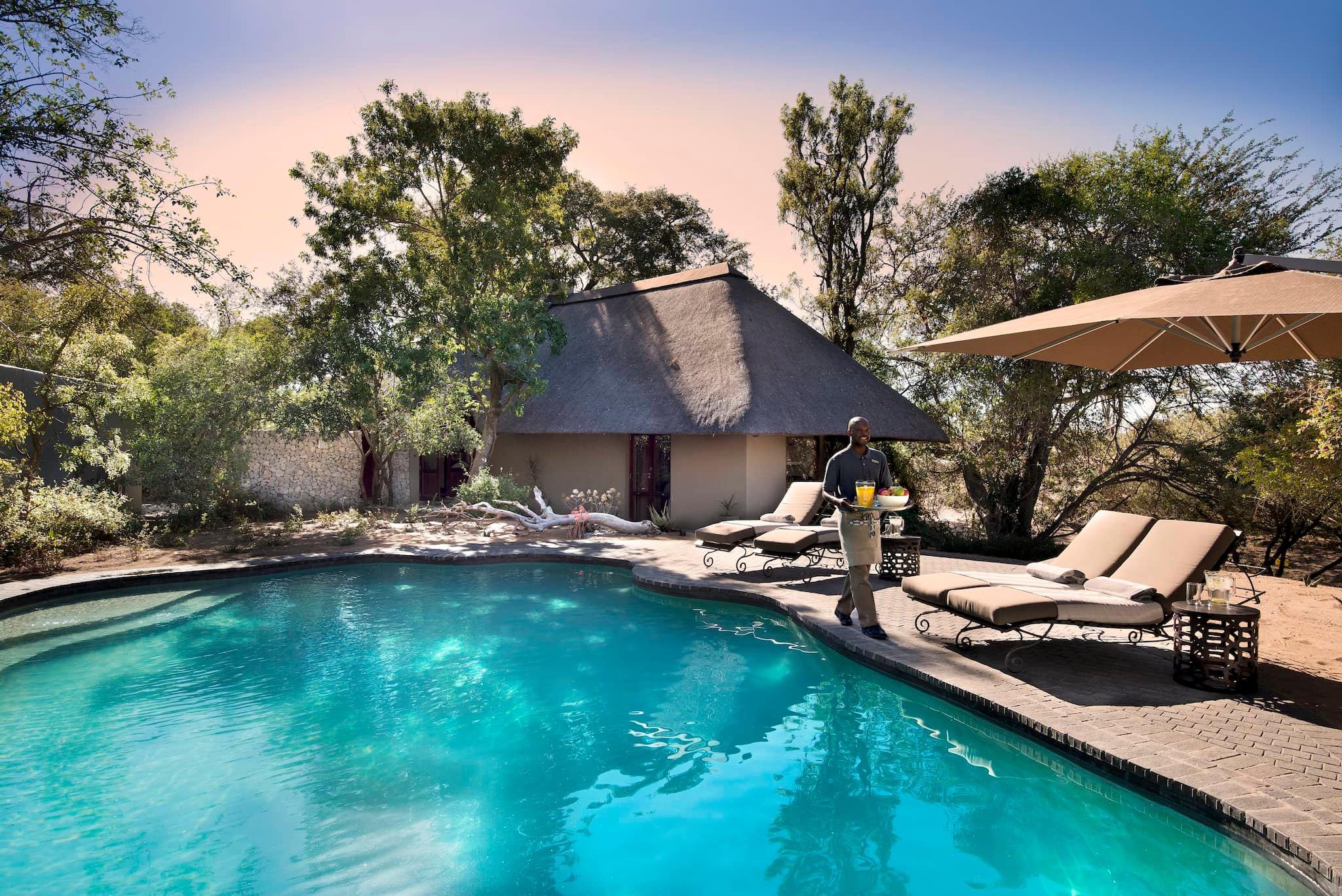 andBeyond-ngala-safari-lodge-exterior-family-suite-pool-01.jpeg