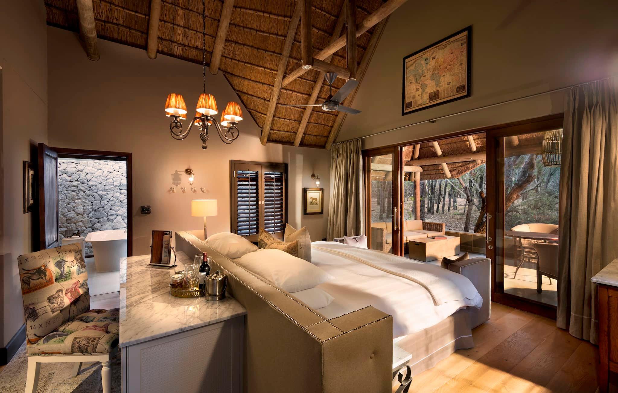 andBeyond-ngala-safari-lodge-interior-cottage-bedroom-01.jpeg