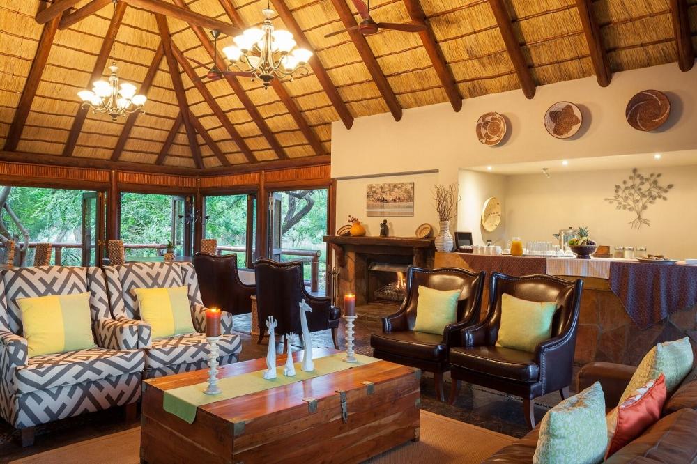 Interieu du Tuli Safari lodge.jpeg