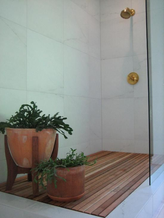 DIY Wooden Shower Floor. -
