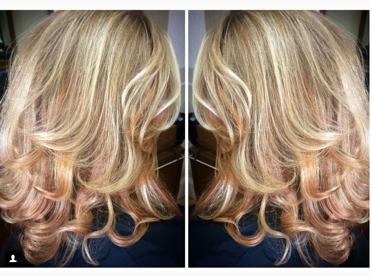 Lovely seasonal hair for my lady, fresh highlights and copper flashes for that warm autumnal glow 🍁  #hairstylist #hairartist #hairdresser #hairstyle #hair #balayage #colorist #haircolor #highlights #vancity #vancouver #canada #vancouverhair #vancouverhairstylist #behindthechair #modernsalon #stylist #fashion #blowout #hairinspo #hairgoals #haircolor #autumnhair