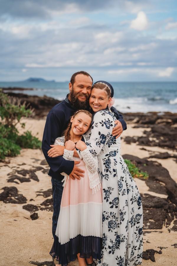 Island-Heart-Photograph-Oahu-Hawaii-Family-Session-02.jpg