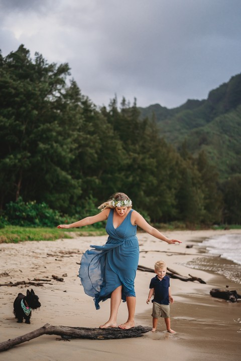 Family-Session-Oahu-Hawaii-Schindler-Family-011.jpg