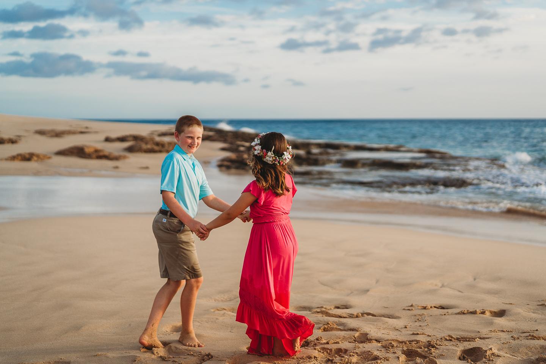 Hawaii-Family-Photographer-Oahu-Beach-Session6.jpg
