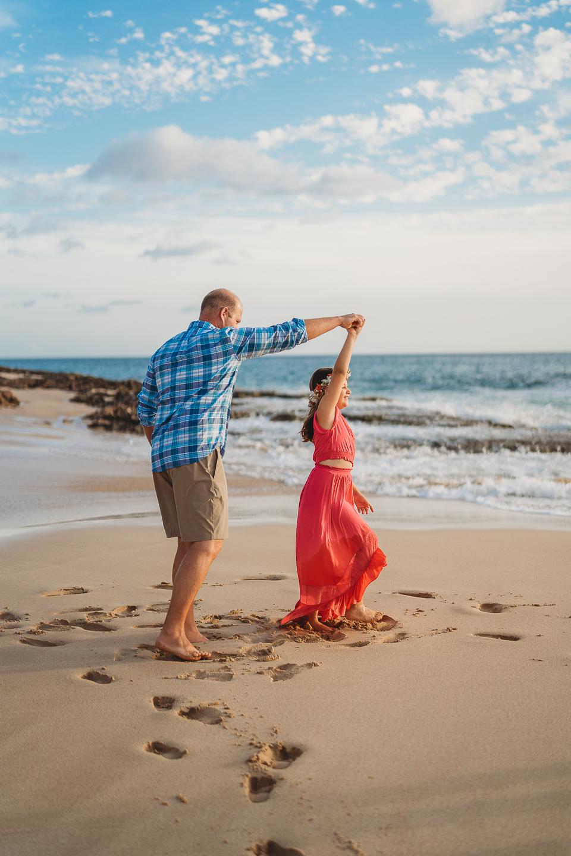 Hawaii-Family-Photographer-Oahu-Beach-Session1.jpg