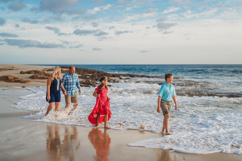 Hawaii-Family-Photographer-Oahu-Beach-Session5.jpg