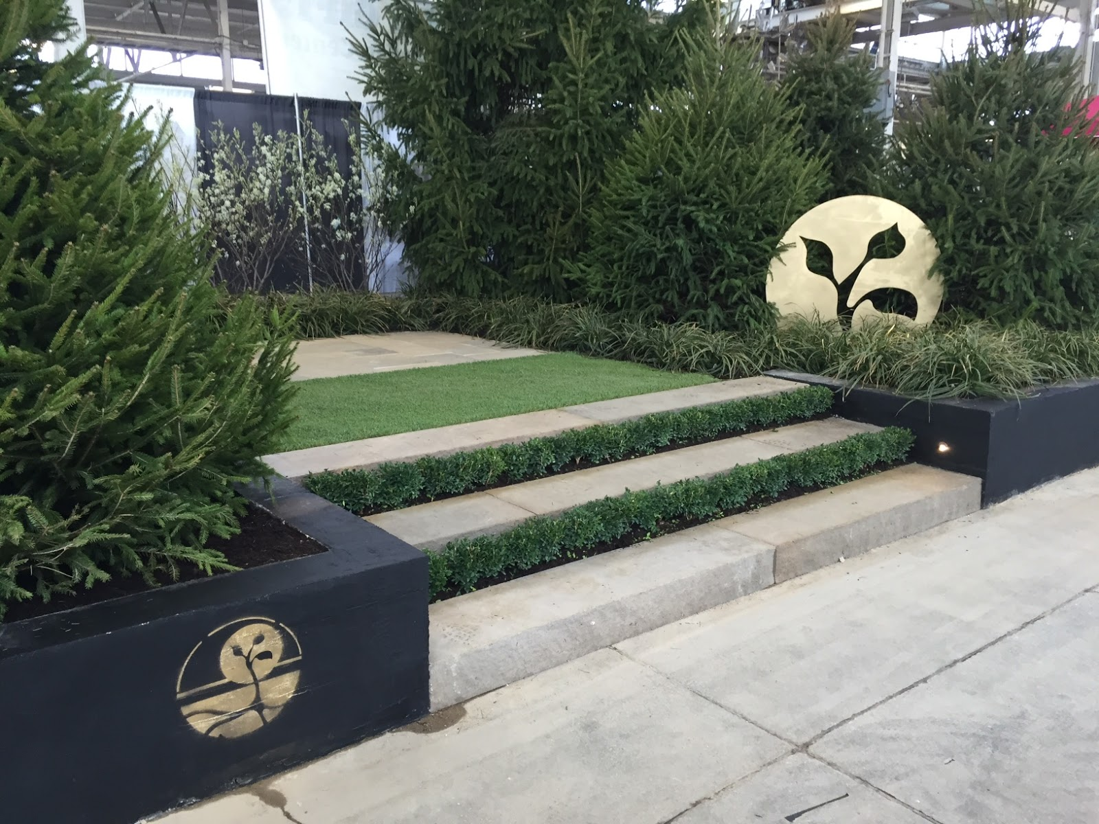2016 flower and patio show gardens of growth 2
