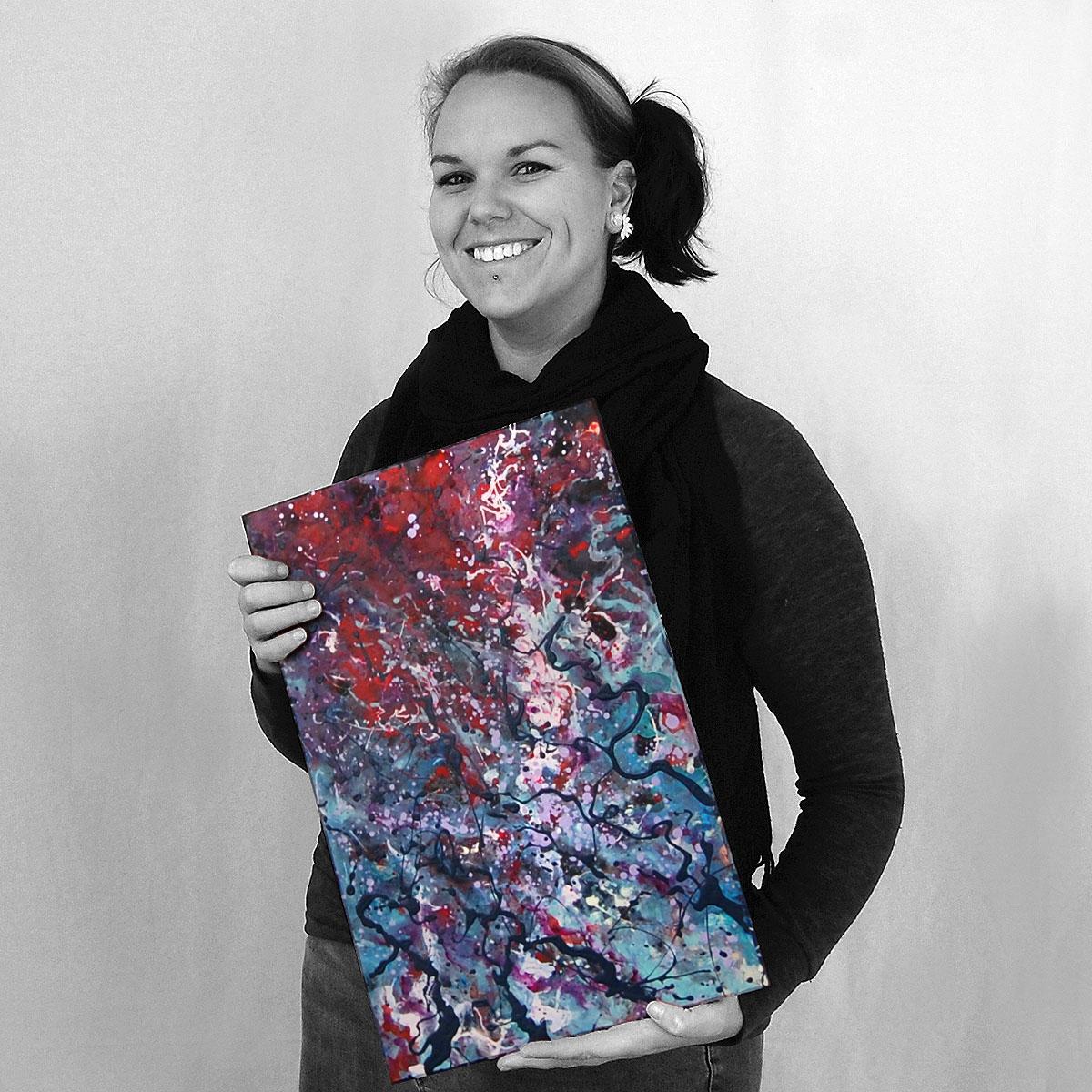 Kelsey. Artist. Landscape architect. Nature lover. Amateur percussionist. Wine lover.