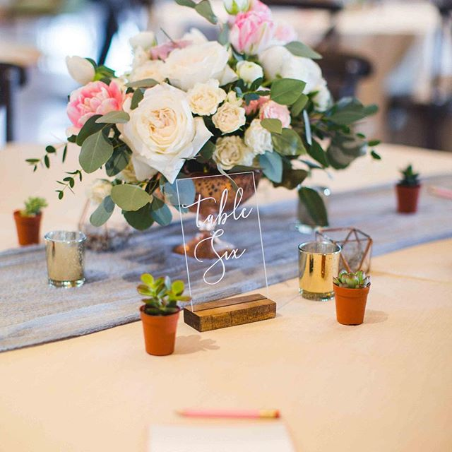 It's always a good day when we get our photos back from an event! 🎉 RWGR Round 2 was a big success and we are so thankful to all the vendors that participated and all the brides that attended! 📸: @annabowserphotography • • • #rwgrround2 #roséwithgardenrose #gardenroseevents #weddingplanningworkshop #weddingplanning #virginiaweddings #gardenparty #gardenthemed #minisucculents #organicflowers #slateblue