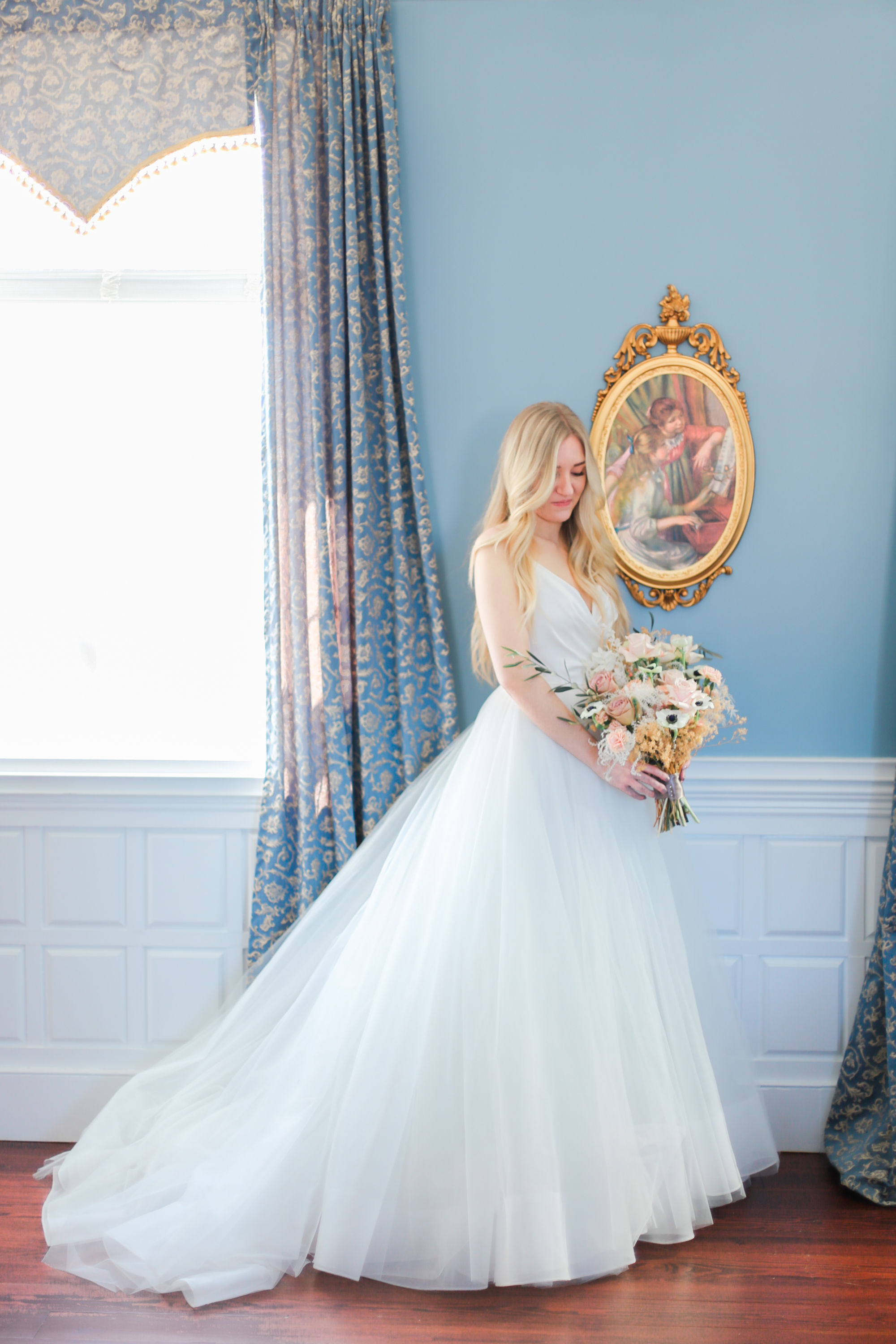 Better Than Cinderella - We all have secretly wanted to be a princess. And you have the right to feel and look like one on your wedding day! That is why we were inspired to create this Cinderella love story at Belle Garden Estate.Wirtz, Virginia