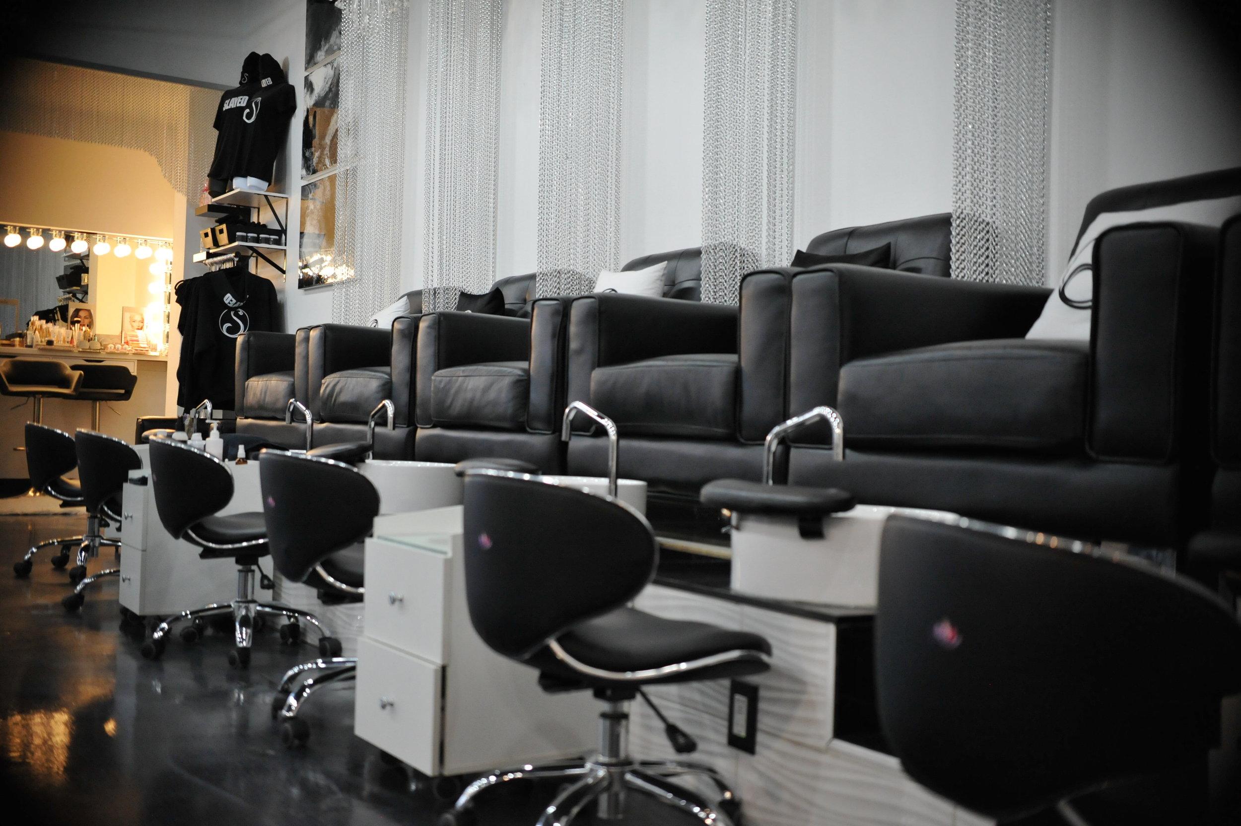slayed-esthetics-lounge.JPG