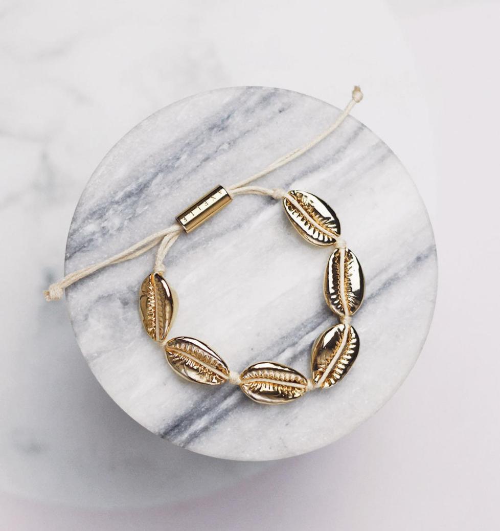 Axelle Jewels Cowrie Shell Bracelet - £36.27