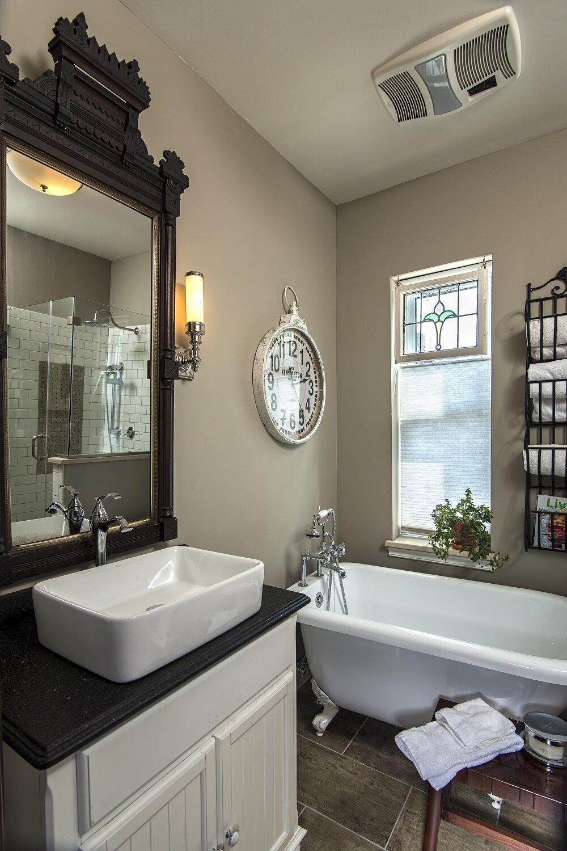 Bailiwick Main Bath 2-FS.jpg