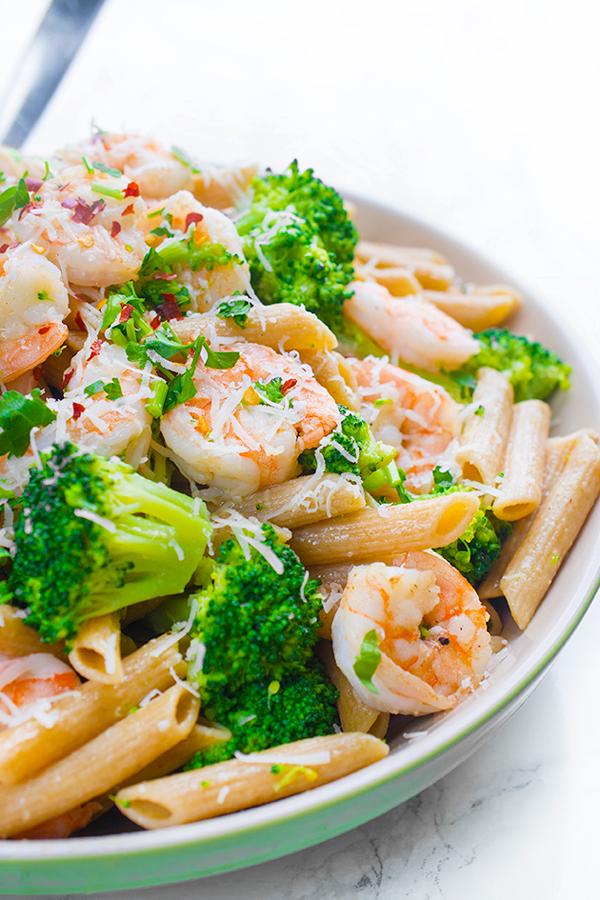 Shrimp-and-Broccoli-Pasta-Recipe-a-fast-dinner-idea.jpg