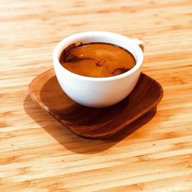 Long Black👌 @2.0coffeeco #coffee #specialtycoffee #caffeine #coffeeshop #longblack #cafe #sydney #sydneycafe #sydneycafes #darlinghurst #darlinghurstcafe #travelsydney #sydneytourist #wheninaustralia #touristsinsydney