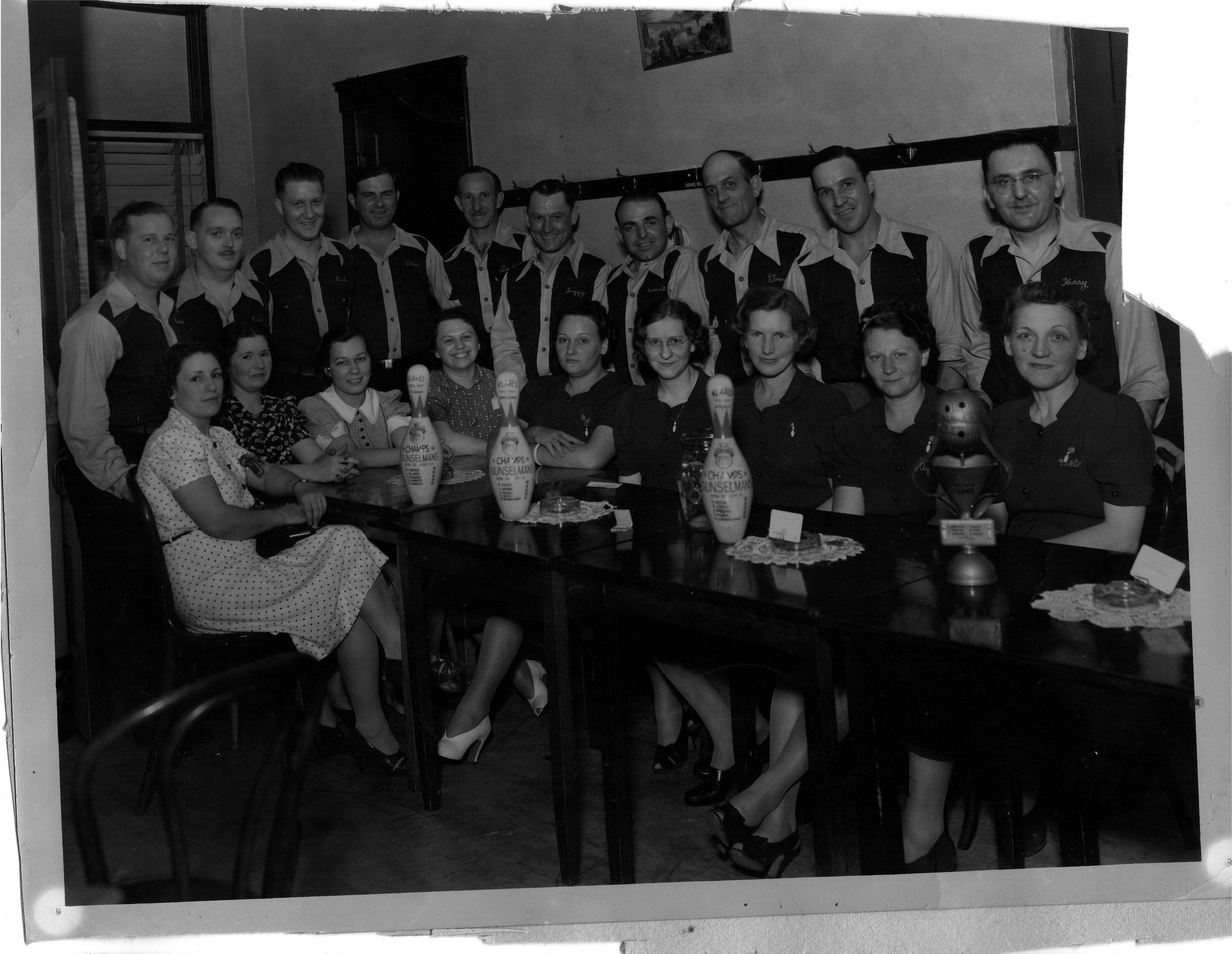 Gunselman's-dining-room---bowling-awards.jpg
