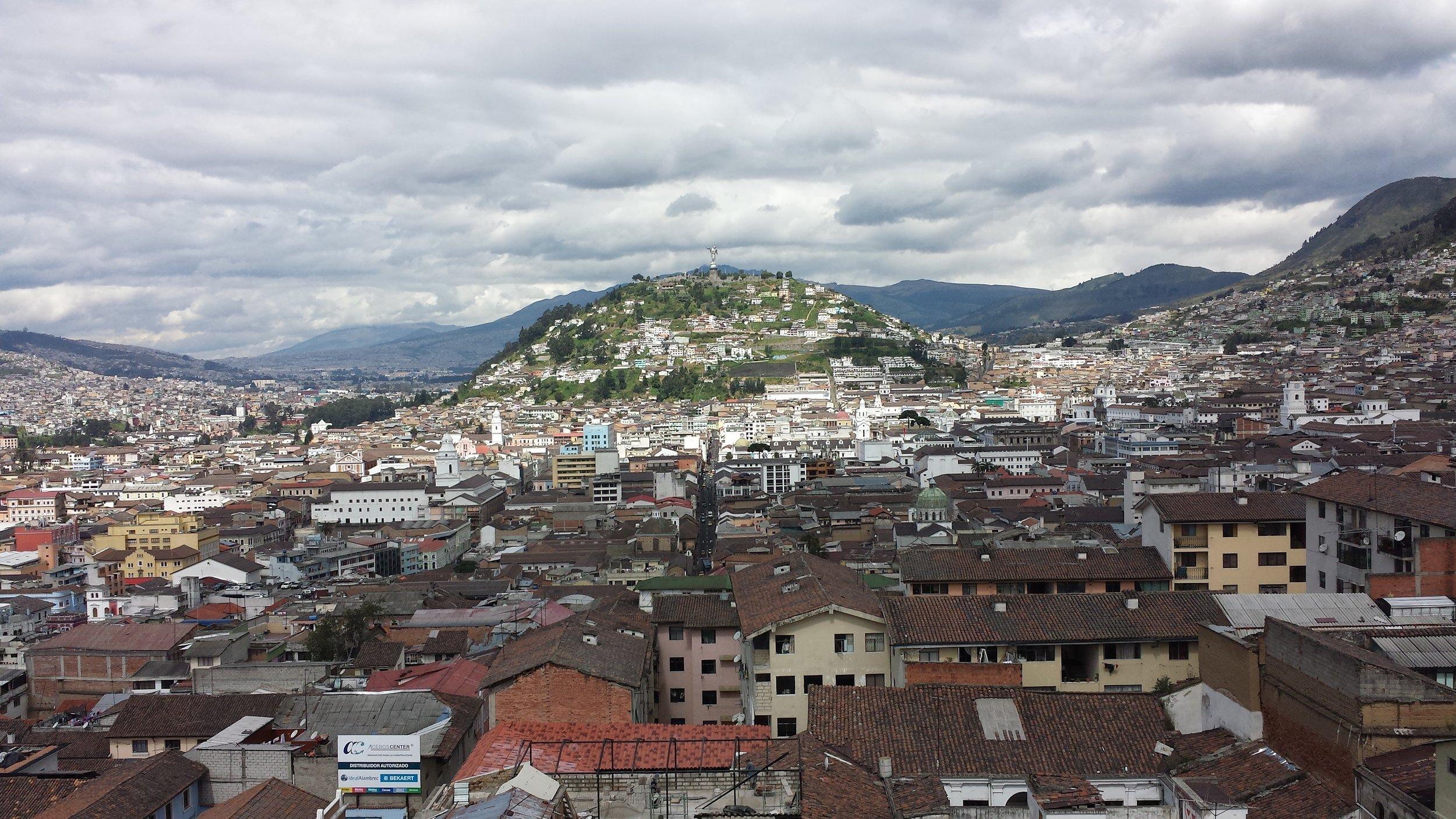 3 - Quito