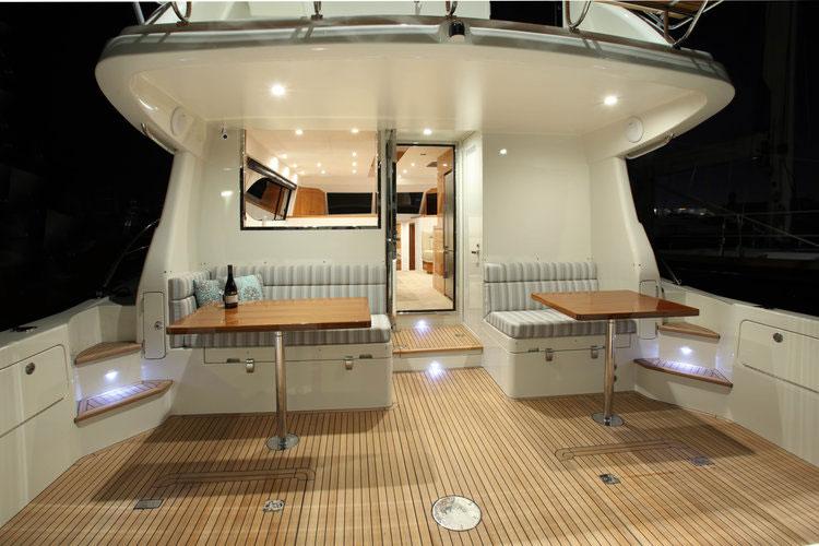 Salthouse yacht Icon 54 Cockpit