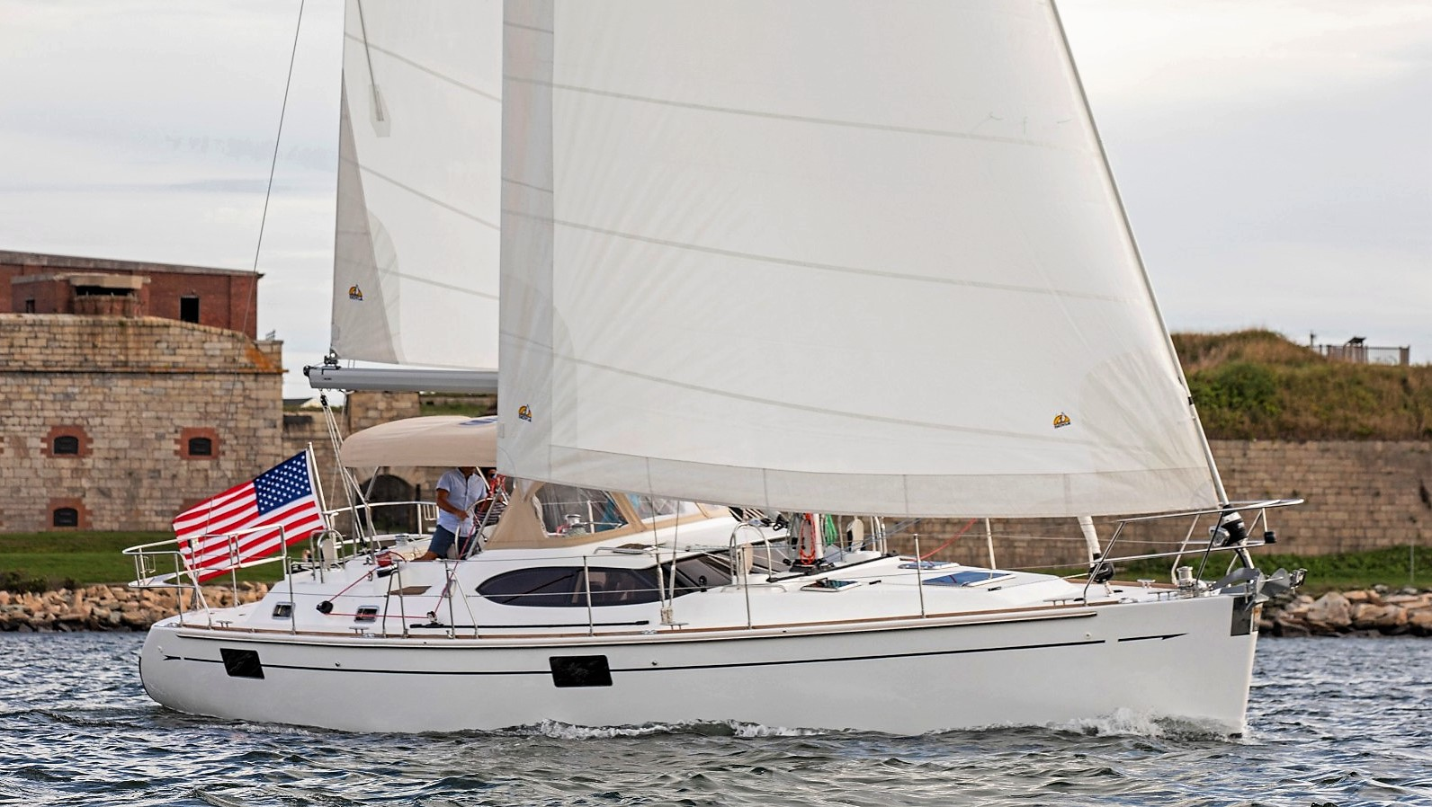 Hylas 48 for sale with Salthouse 002.jpg