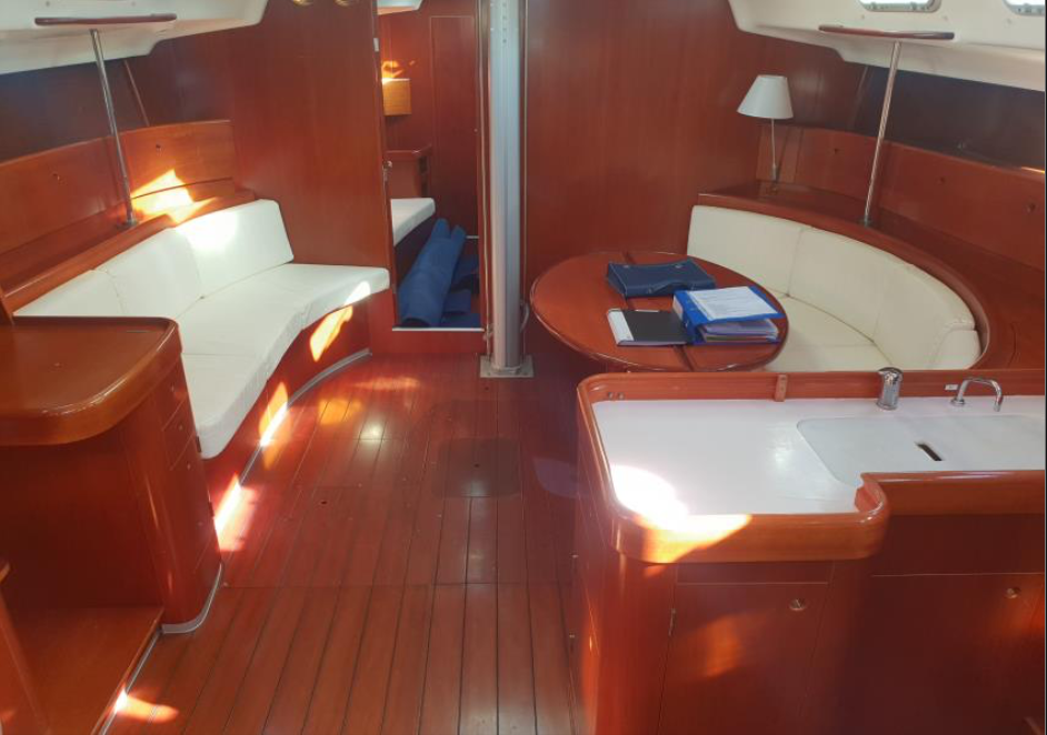 Yacht-for Sale-by Salthouse3.png
