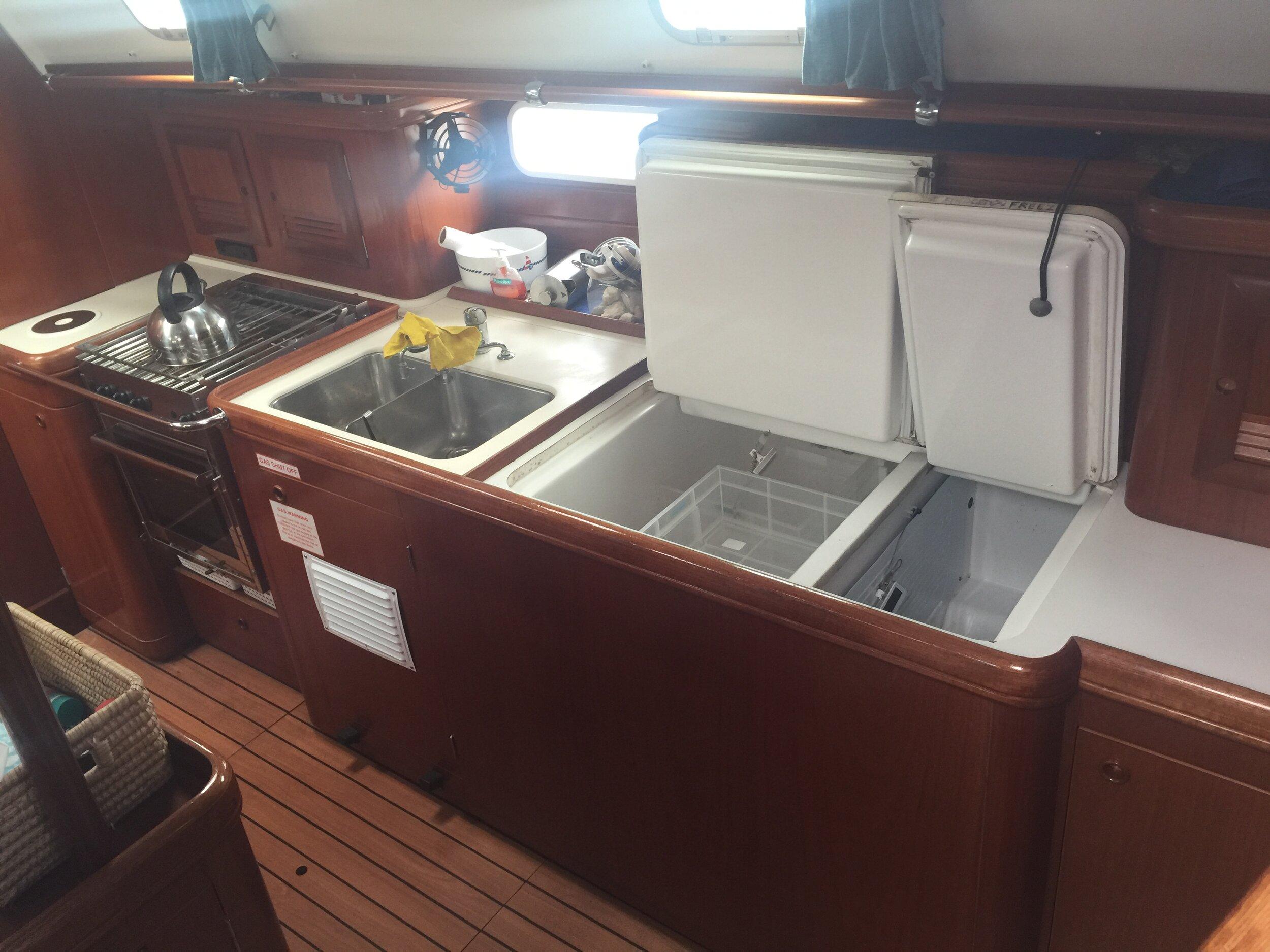 Yacht galley.JPG