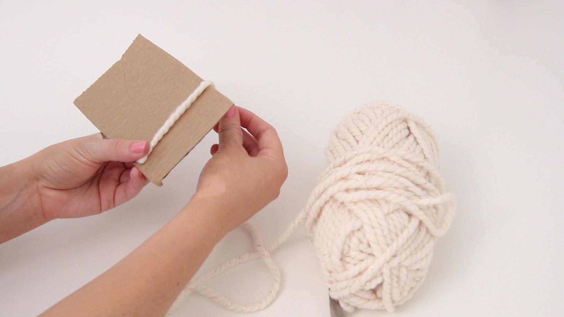 How to make a pom pom rug