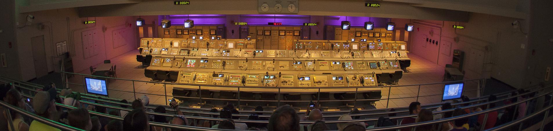 Apollo_Saturn_V_Center_Apollo_Consoles-hero.jpg