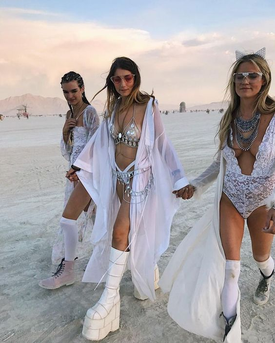 lust for dust, burning man festival fashion inspiration, Skullptress jewelry, burner babe, indie designer blogger
