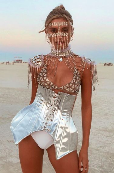 lust for dust, burning man festival fashion inspiration, Skullptress jewelry, burner babe, indie designer blogger, women, playa princess, goddess, black rock city