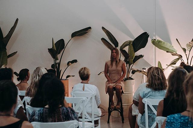 Here I am, doing what I love the most... creating space for humanness at last month's event 'Bait & Switch' hosted by @the.well_ for female business owners.⁣⠀ ⁣⠀ The Well recognises the power of leading a business from the inside out and so Sam (the founder) invited me back to lead a mindfulness check-in for the incredible women attending the event. ⁣⠀ ⁣⠀ ⁣⠀ By checking in with ourselves regularly, we create space to listen to what our bodies and feelings are sharing with us, we take time to understand the language of the body along with the emotional offering of the heart. ⁣⠀ ⁣⠀ With this awareness, we can cultivate a safe space for togetherness without pushing our needs aside or leaving them unattended. We bring our wholeness forward and create room for real and meaningful conversations. That's the goal of The Well.. a meeting place for woman to have real conversation so we don't feel so alone in our experience and we understand just how supported we really are. ⁣⠀ ⁣⠀ Tix are now on sale fo @the.well_ 's next event @sustainablevalley with Nicole Gibson: Love as a genuine strategy in business. Nicole's changing the way we talk and think about mental health by putting love at the forefront of business. This event is a deep dive into her journey into building her business 'Love Out Loud' and the events that lead her to where she is.⁣⠀ ⁣⠀ photo: @artemis.rising.photography