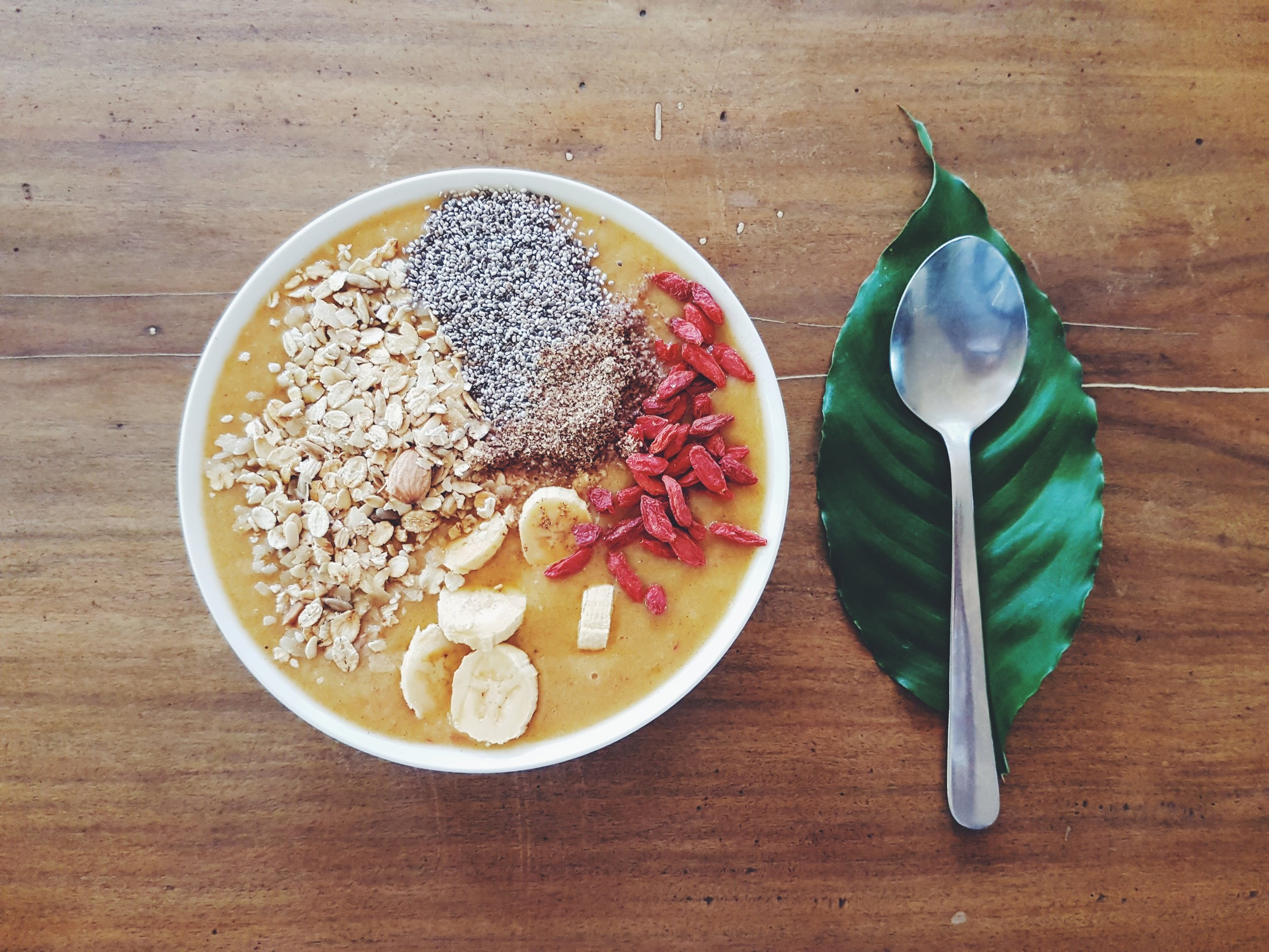 If you're not feeling like spending why not create your own healthy indulgence this Vday? Here's Bhrett's own version of a healthy smoothie bowl.
