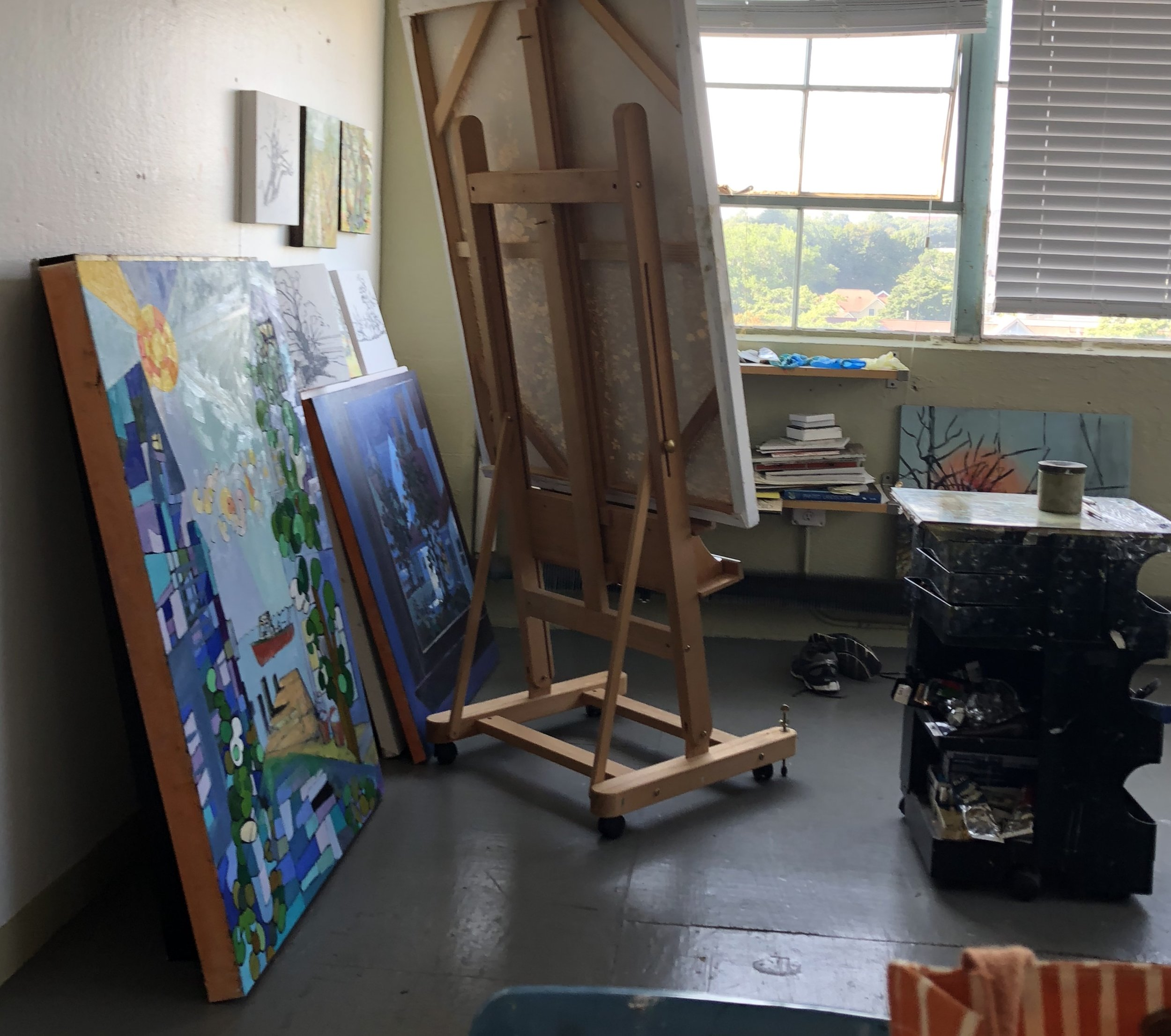 studio-easel.jpg