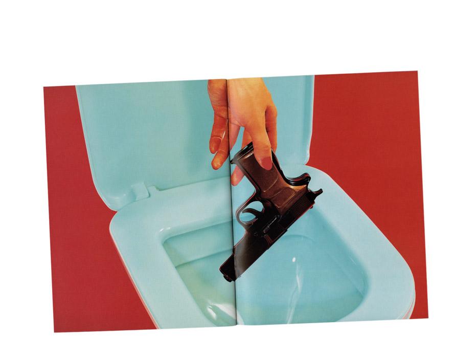dom_perignon_toilet_paper_02.jpg