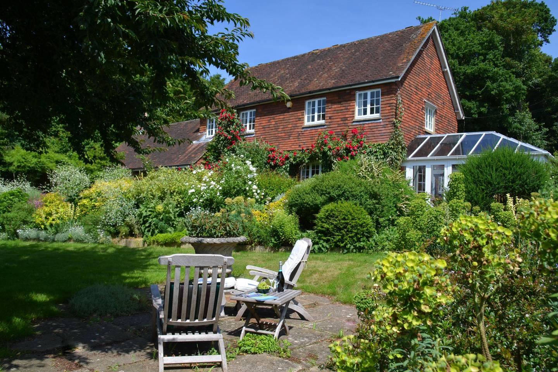 Lee Cottage - Holiday Lets