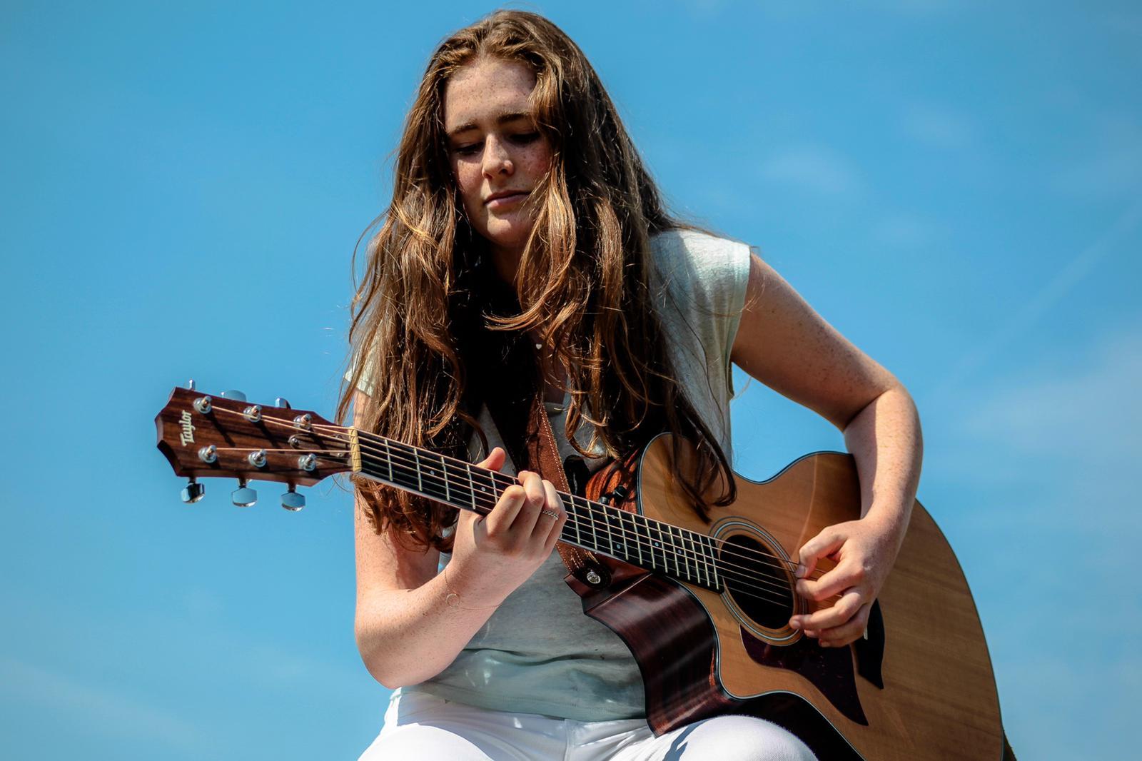 Live Music - Anouska Assisi at The Angel Inn