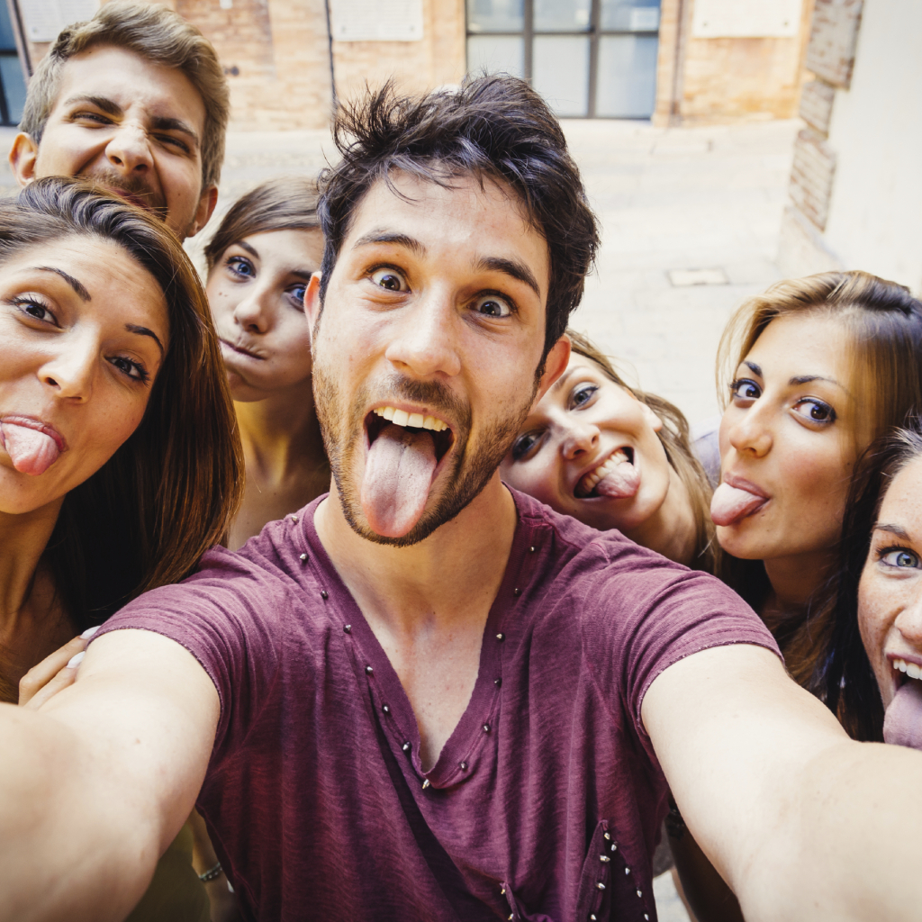 79% of millennials feel that going to live events with family and friends helps deepen their relationships. (Photo: Techneeds.com)