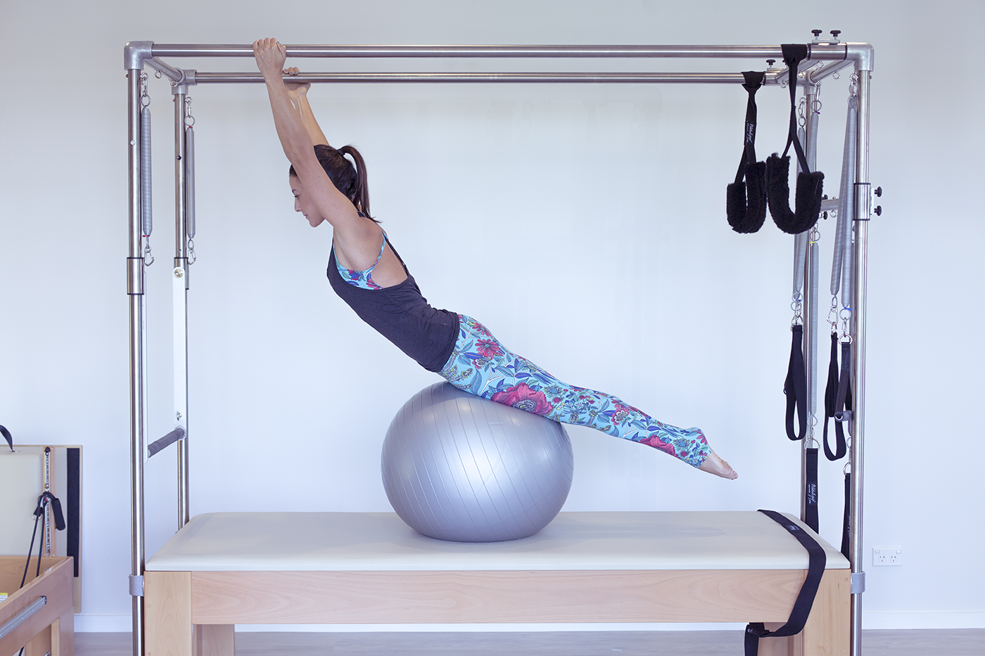 Trap_Table_Ball_I_AM_Pilates.png