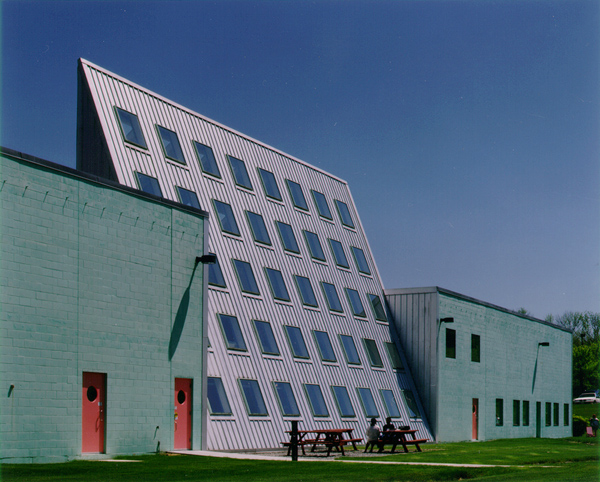 1998 Varian Building_North Shore Community College.jpg