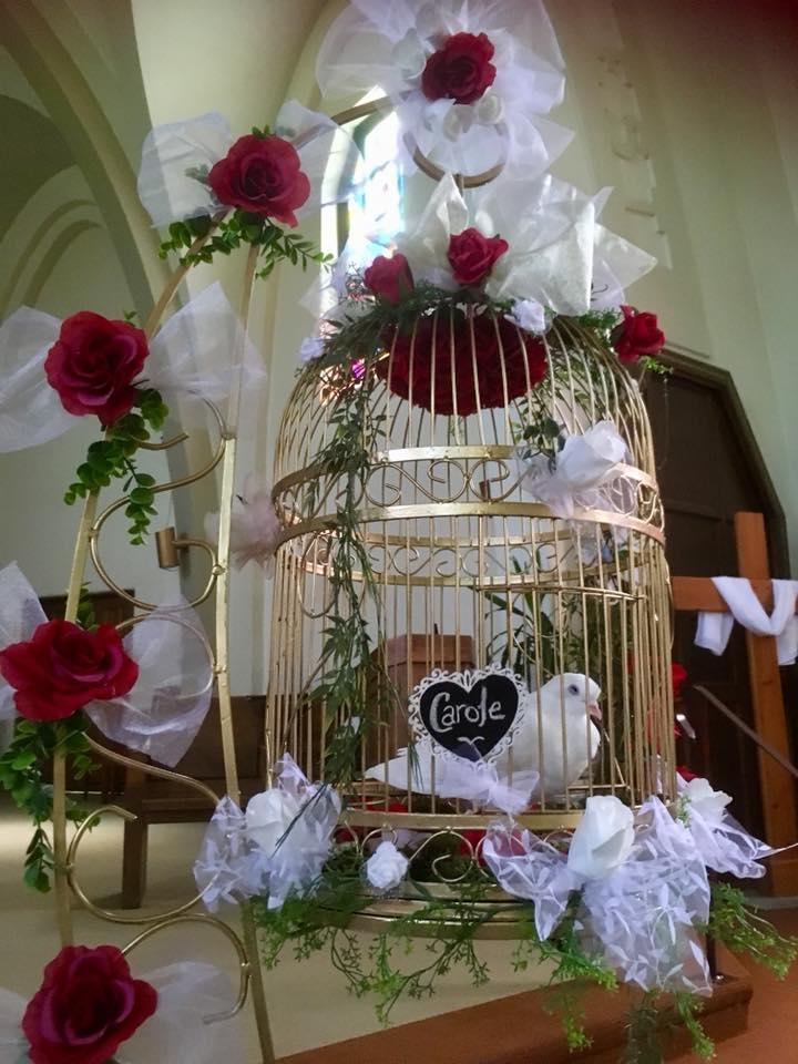 Funérailles - Symbolisez le départ d'un être cher avec un service respectueux.