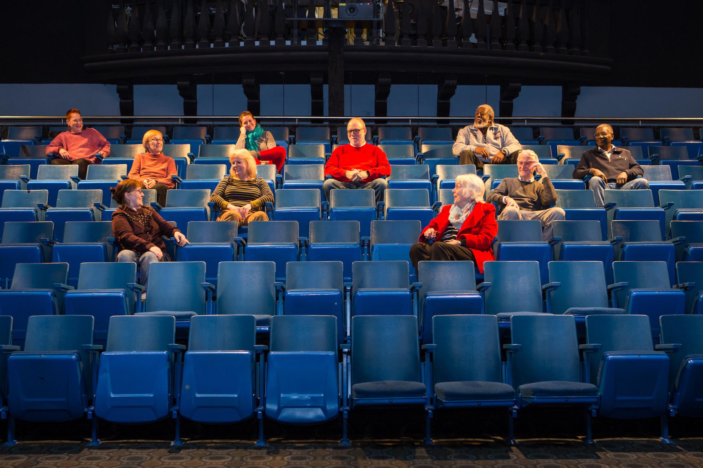 Schauspieler+im+Theaterraum