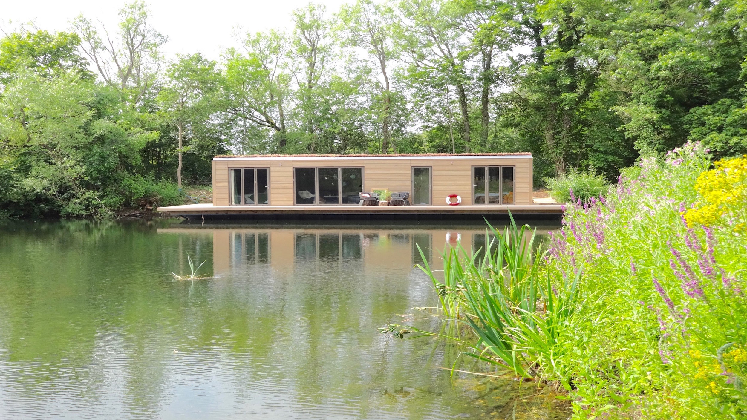 Eco Floating Home on a Cotswold Lake