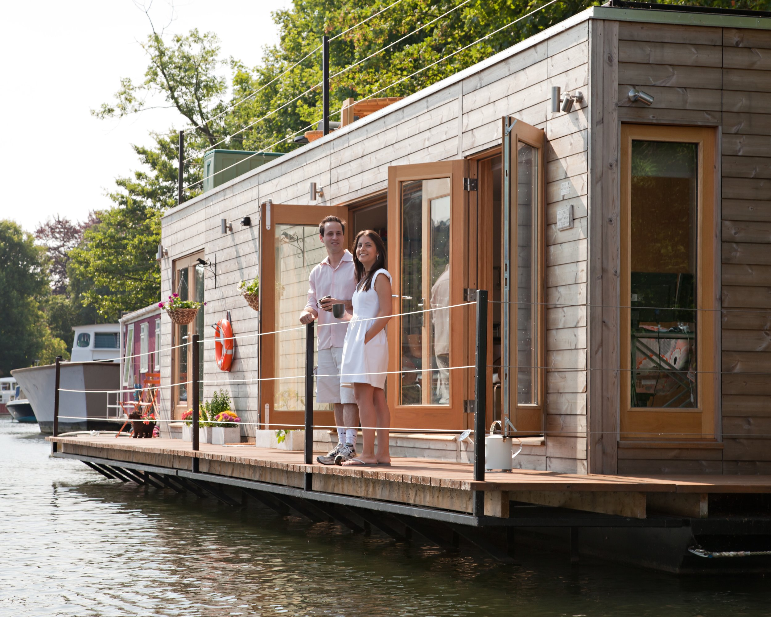 Hampton Eco Floating Home