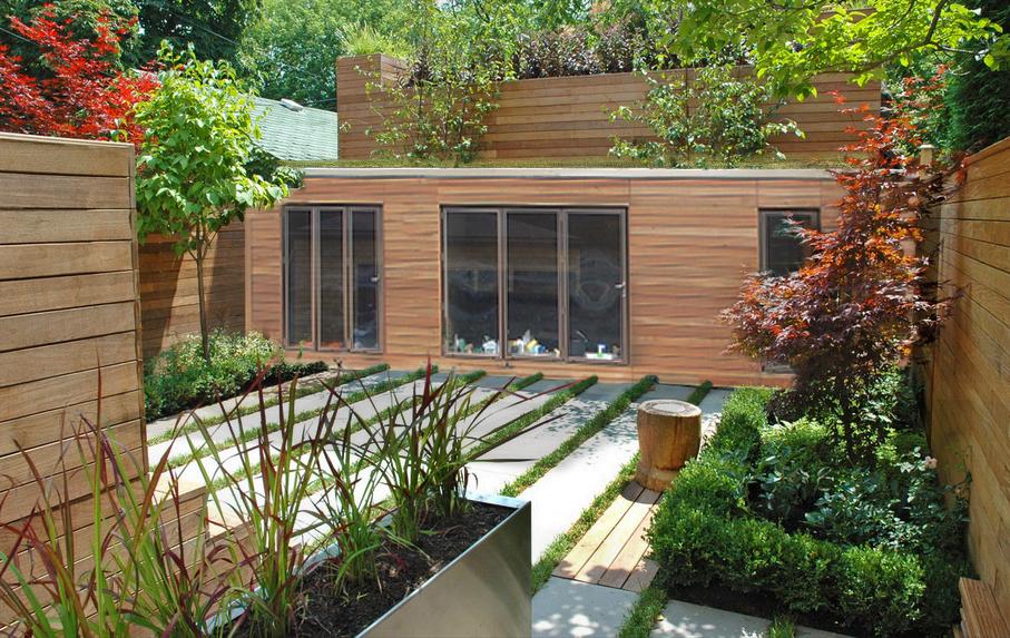 Courtyard Home 2.jpg