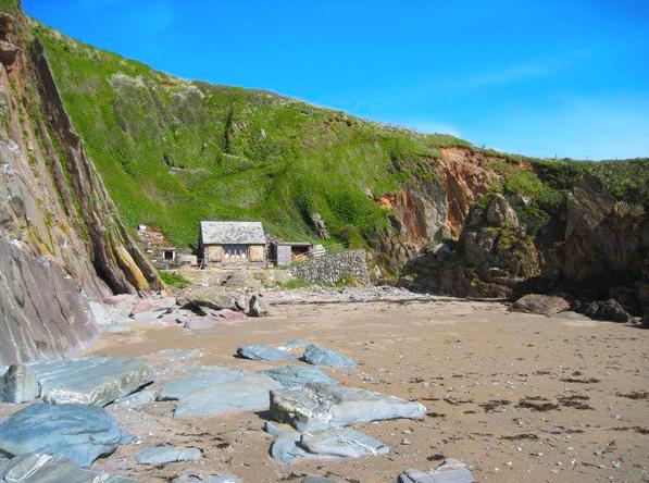 Beach Hut Home.png