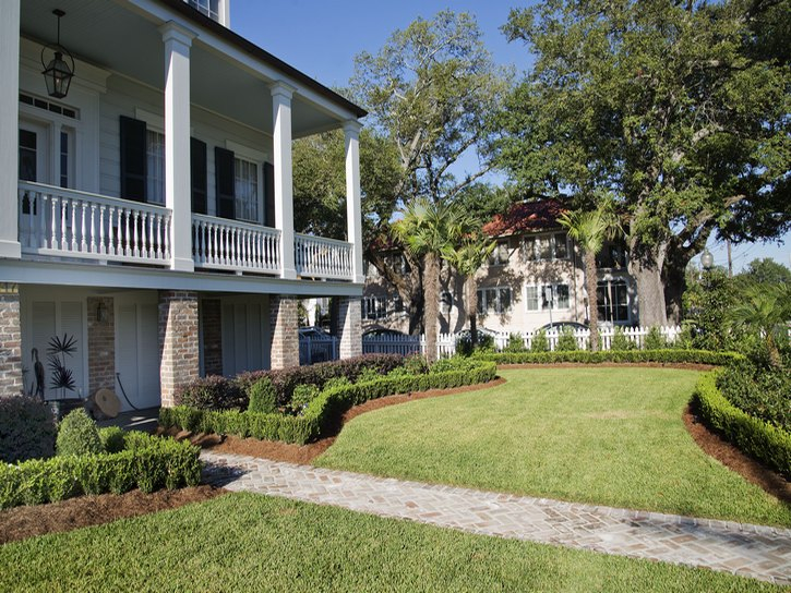 Landscaping-New-Orleans-Residential