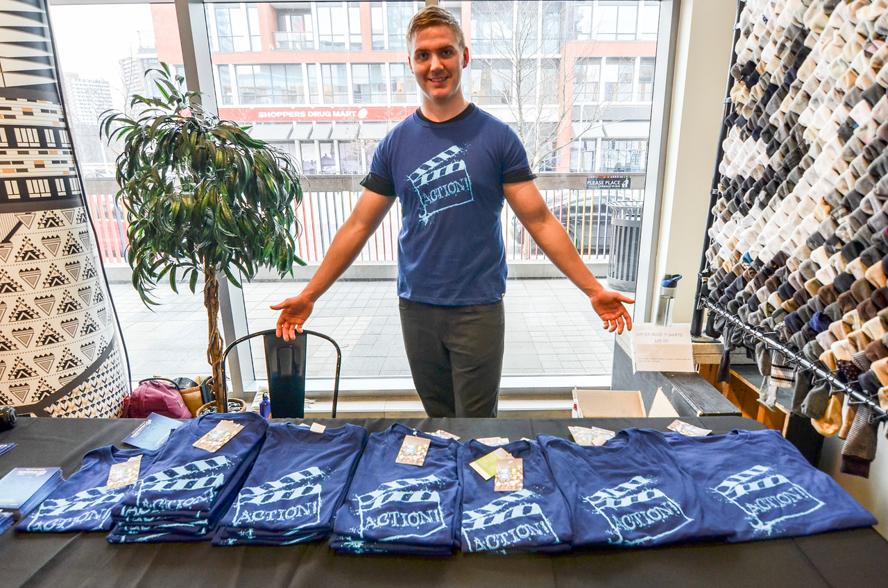 Selling T-Shirts by a wonderful volunteer-Ben Marans.jpg