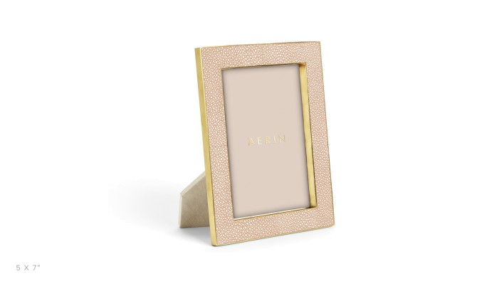 blush-shagreen-photo-frame-5x7-s_1.jpg