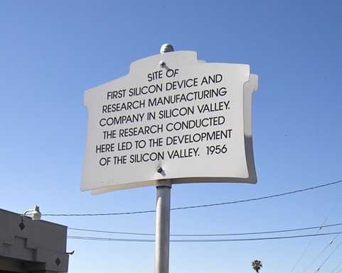 Historical marker at 381 San Antonio Road in Mountain View, California, the site of the original building, which was demolished on April 3, 2015.