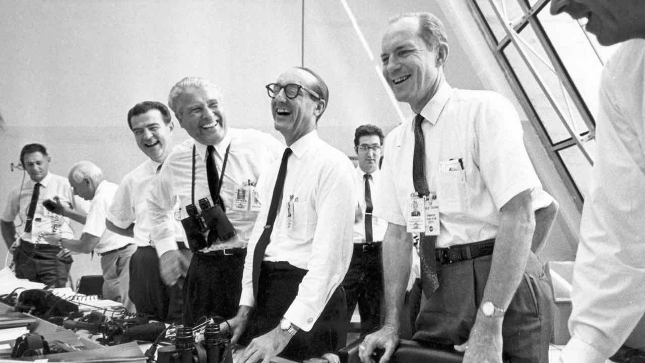 Apollo_11_mission_officials_relax_after_Apollo_11_liftoff_-_GPN-2002-000026.jpg